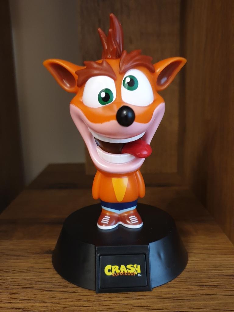 An image of a stylised Crash Bandicoot light.